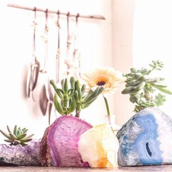 How to Decorate Your Home with Geodes and Agate | StyleCaster