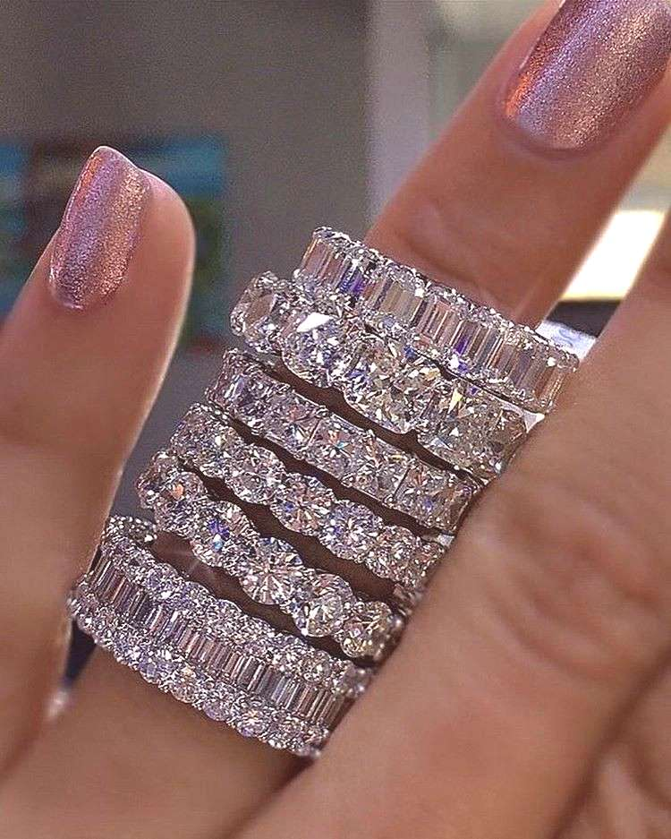 925 SILVER PAVE SETTING FULL SQUARE Simulated Diamond CZ ETERNITY BAND ENGAGEMENT WEDDING Stone Rin