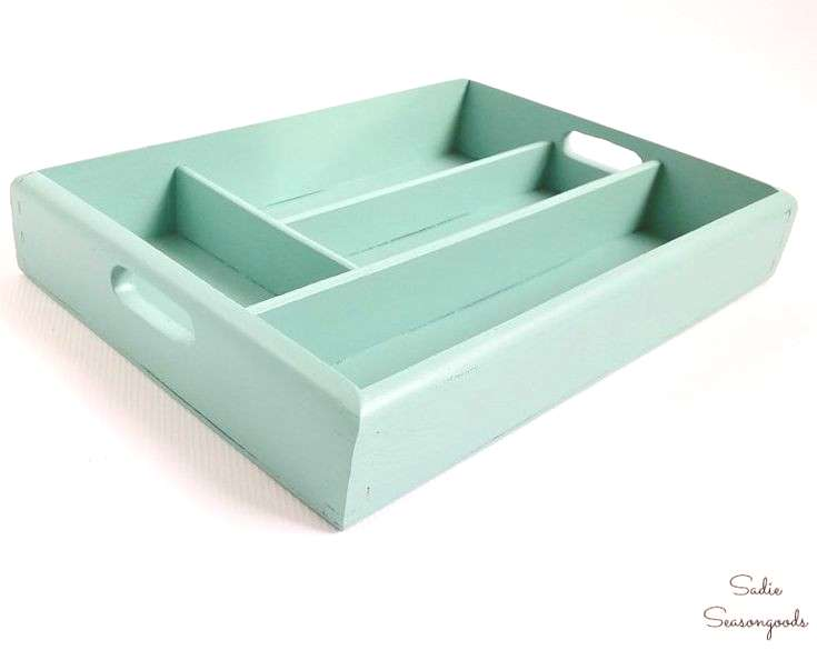 DIY Jewelry Organizer / Holder with a Repurposed Silverware Tray, DIY Jewelry Organizer / Holder w